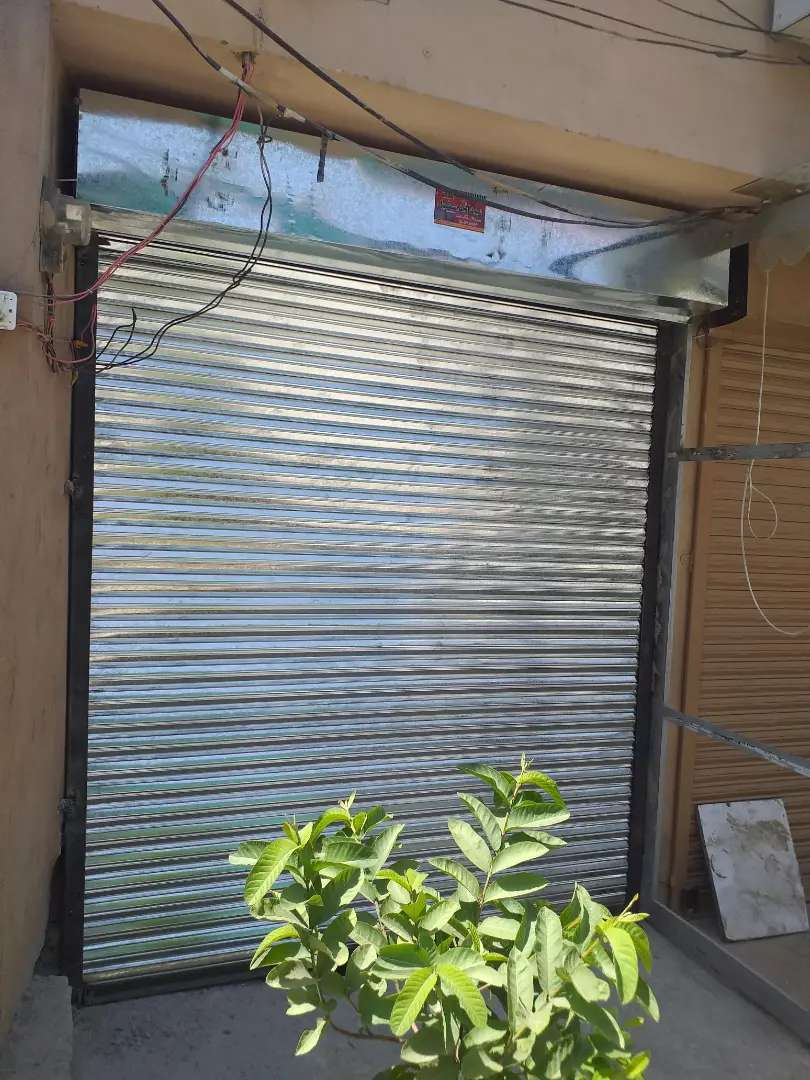 400 Square Feet Shop / Office for Rent 12