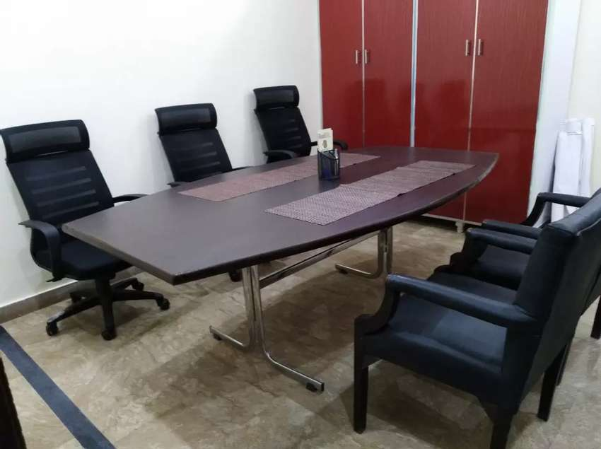 Shared Office / Co-workers Space for Rent 7