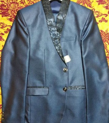 1 Branded Mens 3 Piece Suit at Whole Sale Price